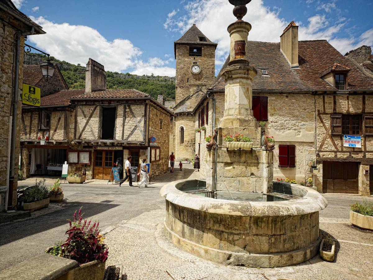 Villages And Attractions In Autoire Dordogne South France