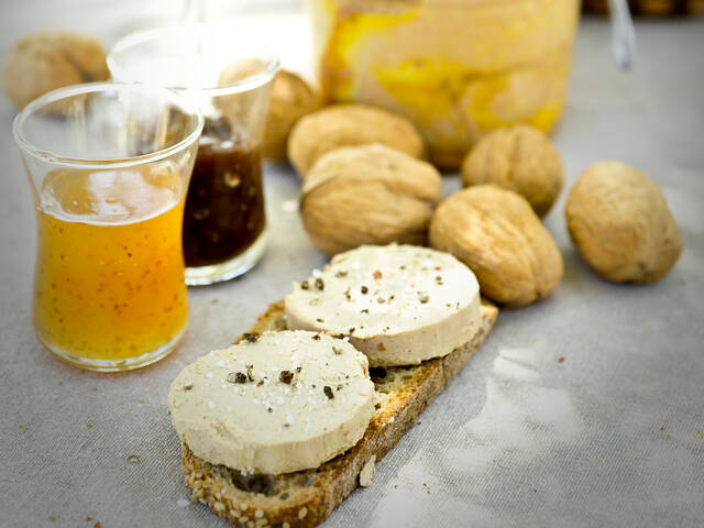 Rocamadour goats cheese on bread