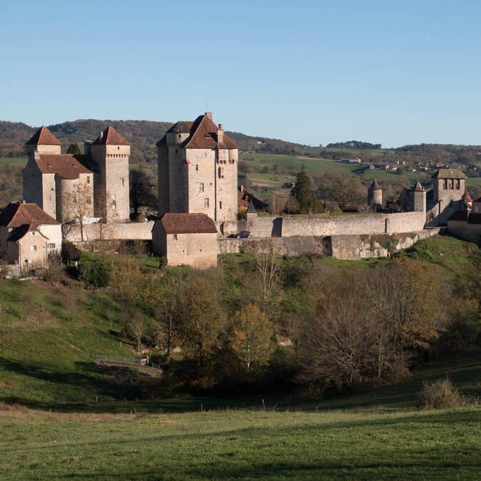 Castles of Saint-Hilaire et Des Plas