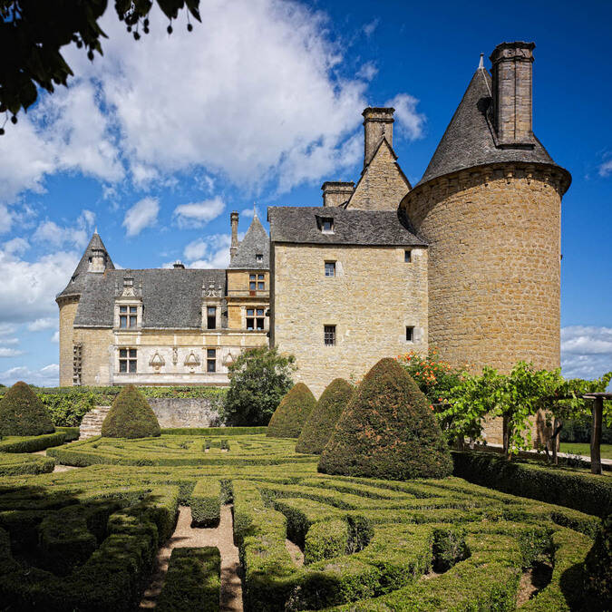 Castles ch teaux and fortresses to visit in the dordogne for Castles to stay in france